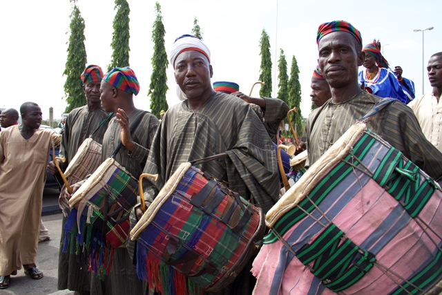 BIDA TRADITIONAL DRUMMERS & MUSICAL INSTRUMENTS