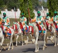PICTURESQUE MACHINA HORSE RIDERS